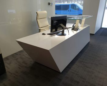 Registratūros stalas #1